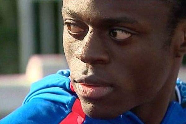 Bruno Kabongo s'entraîne au Stade Rébeillau à Poitiers