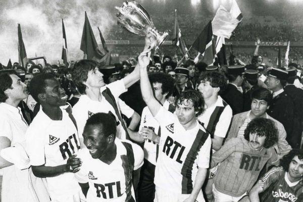 Jour de victoire pour le PSG, le 15 mai 1982, en finale de la coupe de France face à l'AS Saint-Etienne.