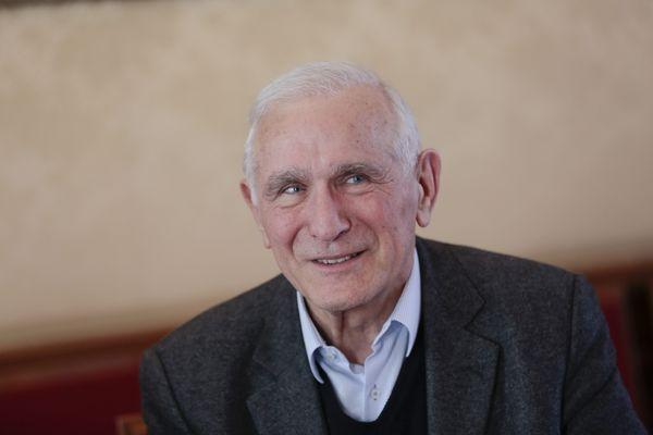 Paul Quilès, le 25 mars 2013, lors d'une réunion publique de Gauche Avenir.