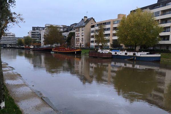 A Rennes, la Vilaine effleure les bords des quais