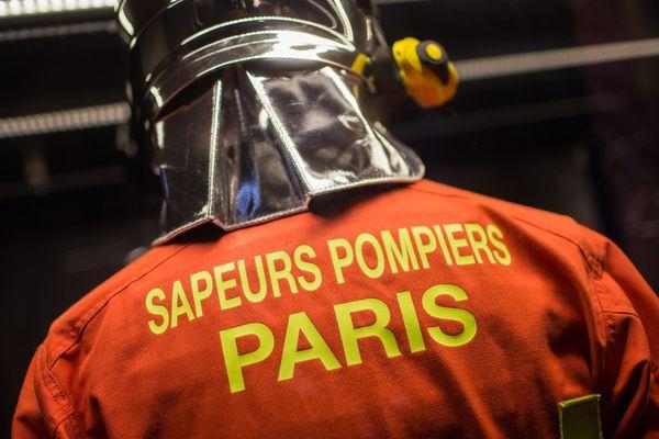 """Au moins trois sapeurs-pompiers de Paris ont été placés en garde à vue pour """"viol en réunion""""."""