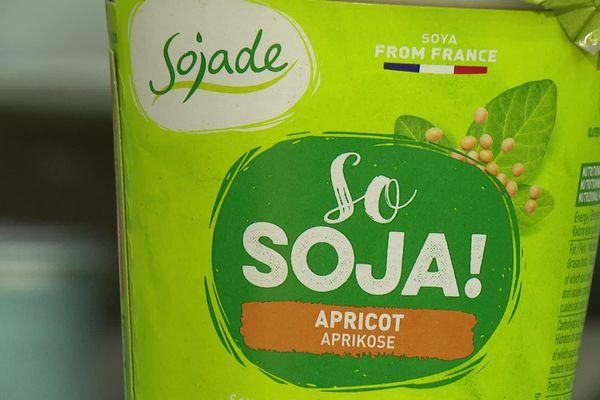 Sojade : la marque sojasun de boisson végétale bio à destination du marché britannique.