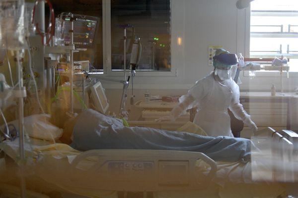 Les étudiants infirmiers anesthésistes manifestent aujourd'hui de nombreuses inquiétudes par rapport à leur diplôme