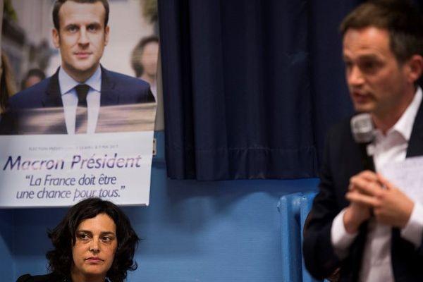 Les deux candidats, Myriam El Khomri, et Pierre-Yves Bournazel (au premier plan) revendiquent le soutien du gouvernement.