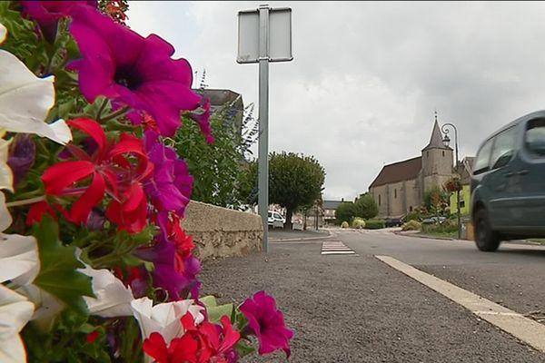 Azérables en Creuse a depuis longtemps compris la nécessité de racheter des locaux commerciaux