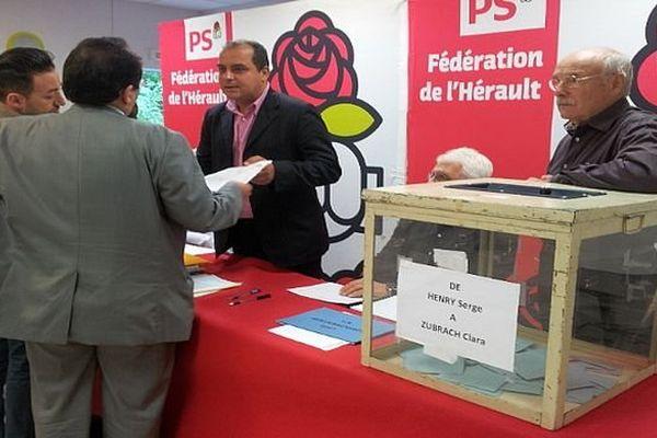 Montpellier - les militants socialistes votent pour élire leur candidat aux municipales - 10 octobre 2013.