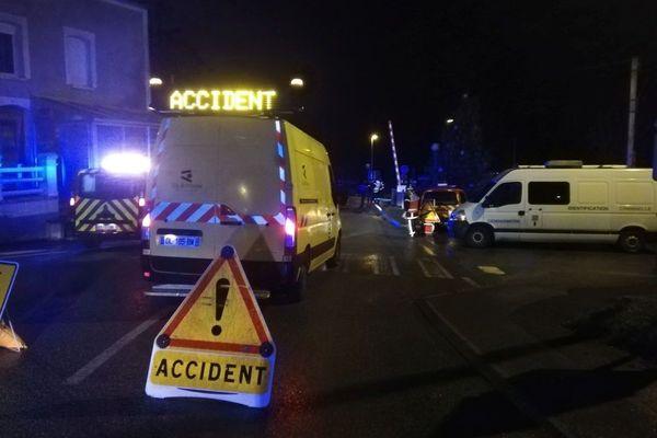 L'accident a eu lieu au passage à niveau 172 au lieu-dit Les Lacs à Saint-Aubin-des-Landes (Ille-et-Vilaine)