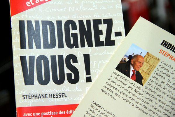 L'essai à succès de Stéphane Hessel a été publié en 2010.