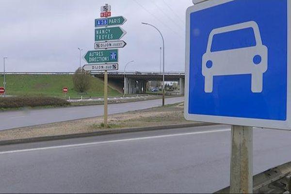 La rue de Malines, secteur Cap Nord à Dijon, où des échanges de tirs ont eu lieu dimanche 27 mars 2016 dans la soirée, faisant un mort.