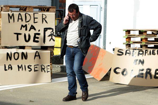 Les salariés sont mobilisés à l'entrée de l'usine depuis le début de semaine.