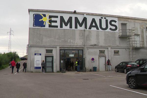 La nouvelle boutique d'Emmaüs à Boulogne-sur-Mer