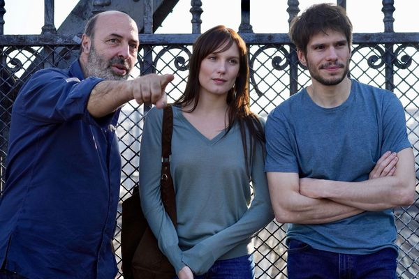 """Le réalisateur et ses deux acteurs principaux se retrouvent, deux ans après une première collaboration sur """"Ce qui nous lie"""", tourné en Bourgogne."""