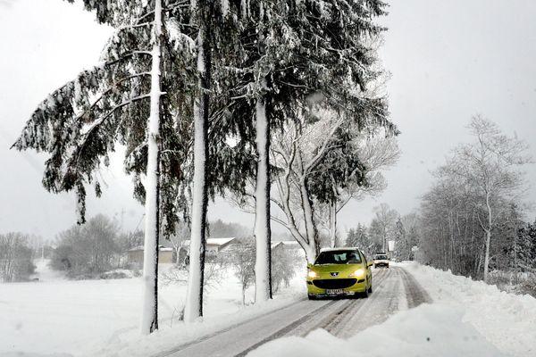 De la neige à très basse altitude, dans le département de l'Ariège est prévue vendredi 19 mars 2021.