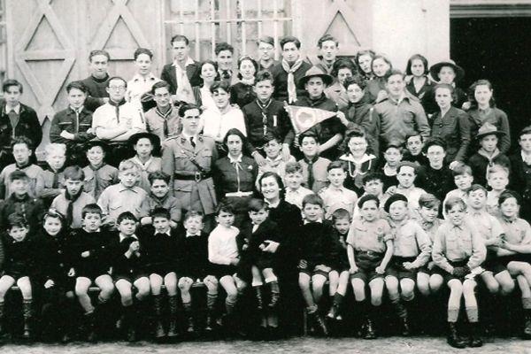 Les enfants devant la maison de Moissac