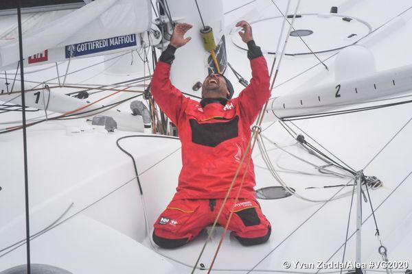 Giancarlo Pedote à son arrivée aux Sables d'Olonne le 28 janvier 2021