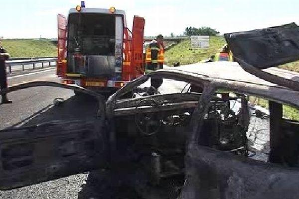 Paulhan (Hérault) - accident sur l'A.75, la voiture en faute et les secours - 1er novembre 2012.