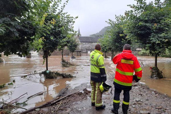 Les sapeurs-pompiers du Nord vont rejoindre leurs homologues belges dans la province de Liège, durement touchée par les inondations.