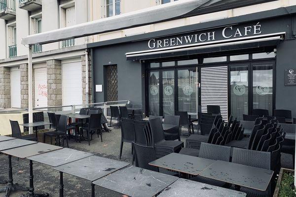 L'agression du vigile a eu lieu dans la soirée de vendredi à l'entrée de ce café brestois
