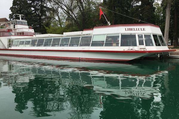 Nouveau carburant pour les 11 bateaux de croisière à Annecy et Aix-les-Bains