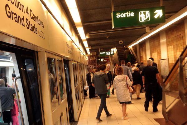 A l'intérieur d'une station de métro de Lille. Image d'illustration.