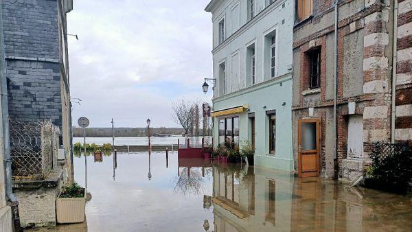 Inondation à la Bouille