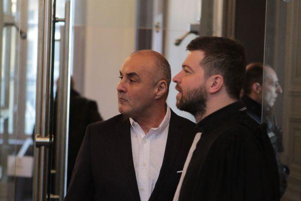 Serge Ayoub lors de son procès avec 18 membres du WWK à Amiens le 27 mars 2017