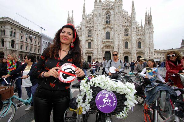 En Italie, la Fancy Women Bike Ride connaît un très grand succès comme le montre cette photo prise à Milan en 2019. Les organisatrices chaumontaises en espèrent autant en France dans les années à venir.