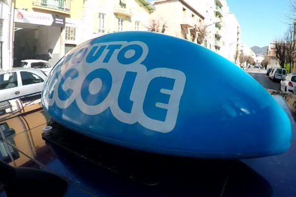 Parmi les actions sociales de la Fondation de Nice : le permis de conduire à moitié prix