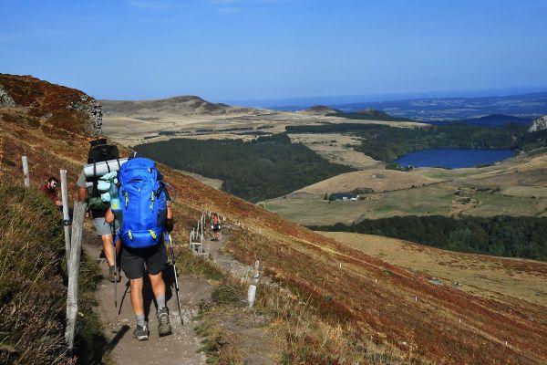 Des alternatives ont été mises en place dans le massif du Sancy, dans le Puy-de-Dôme, pour proposer des alternatives aux touristes et réguler l'affluence.