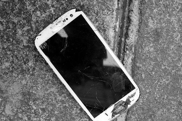 Le harcèlement via smartphone est une réalité pour les adolescents.