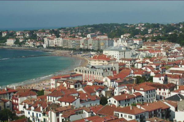 La côte basque sous pression : les locations longue durée difficiles à trouver.