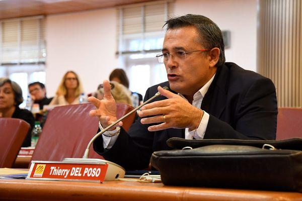 Pyrénées-Orientales - Le maire (LR) de Saint-Cyprien Thierry Del Poso, réclame 1 million d'euros à Serge Pallares l'ancien directeur du port de la station balnéaire - archives.
