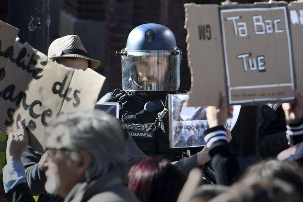 Le préfet de Haute-Garonne rappelle que l'usage de la force est destiné principalement à la sauvegarde de l'ordre public.