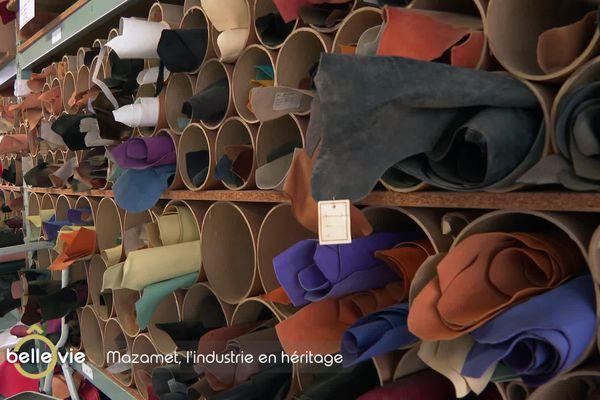 Pièces de cuir stockées dans l'entreprise Alran