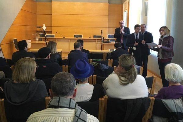 Au Tribunal Administratif de Bordeaux, les pro et anti contournement de Beynac ont l'occasion d'exposer une ultime fois leurs arguments