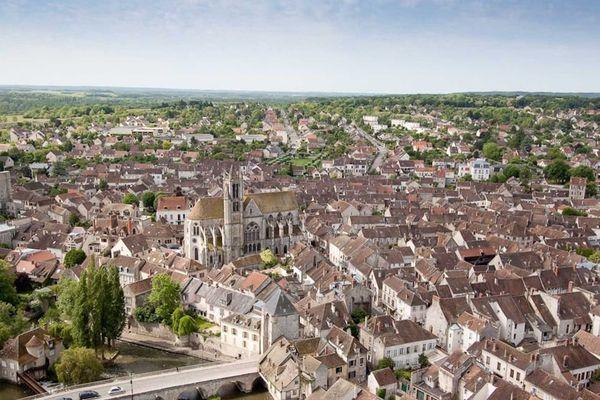 Moret-sur-Loing, immortalisée par Sisley, ne veut pas s'appeler Orvanne