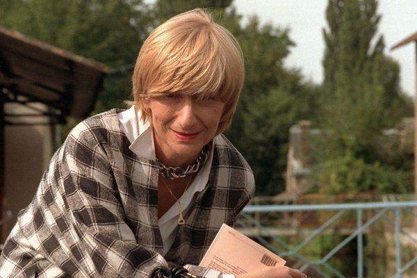 Portrait de l'écrivain Françoise Sagan pris le 25 septembre 1987 lors de la visite d'une imprimerie au Mesnil sur l'Estrée dans l'Eure.