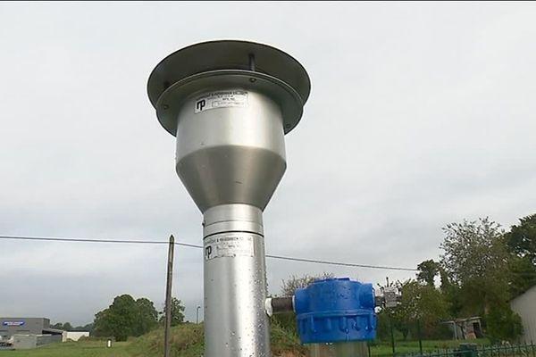 Air Breizh a installé un nouvel outil capable d'analyser 79 substances actives dans l'air. Les résultats seront connus en 2020.