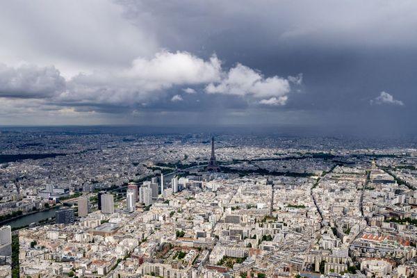 David Belliard (EELV), pour qui « le tourisme ne doit plus rimer avec pollution », veut interdire la construction de nouveaux hôtels dans la capitale (illustration).