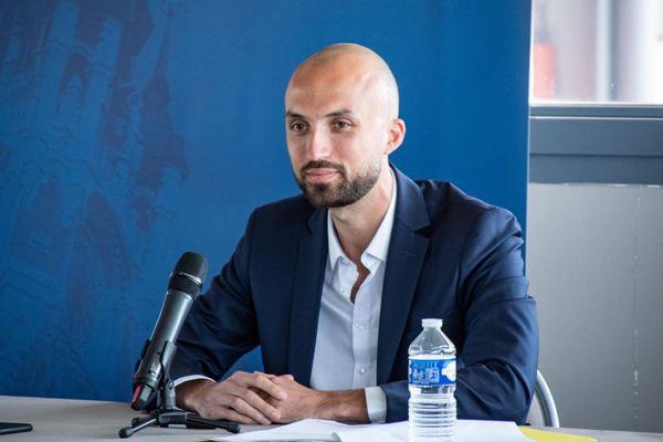 Baptiste Vendroux lors de la conférence de presse jeudi 3 juin au stade l'Épopée à Calais