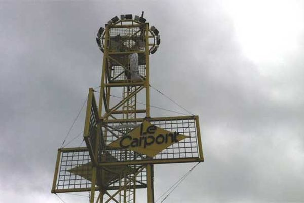 """le pylône au rond-point dit """"du Carpont"""""""