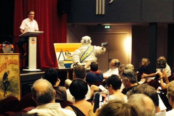 Tous les ans la vente aux enchères des collectionneurs Michelin est organisée au casino de Royat (63)