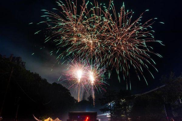 Jérôme Pallé a pris ces clichés de feux d'artifice à Royat, dans le Puy-de-Dôme, lors du festival Pyromélodie 2019.