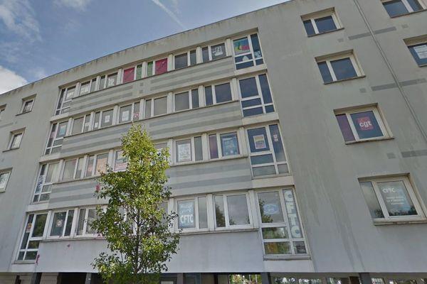 L'homme a été retrouvé mort au 4ème étage de cet immeuble