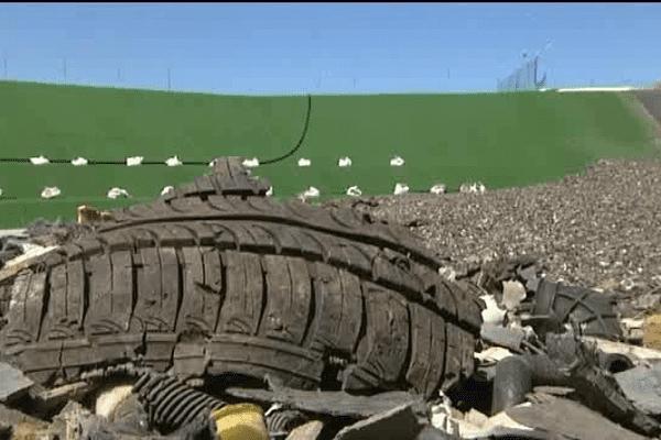 Les fameux morceaux de pneus qui ont valu à GDE une interdiction d'exploitation du site de Nonant-le-Pin