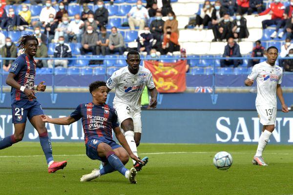 Nicholas Gioacchini a donné la victoire au Stade Malherbe de Caen face à Amiens (1-0).