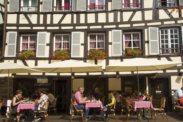 Le 2 juin 2020, après presque onze semaines de fermeture, les restaurants, terrasses et bars de Strasbourg vont rouvrir sous condition.