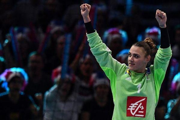 Laura Glauser, gardienne de l'équipe de France de Handball