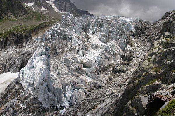 Le glacier d'Argentière, dans les Alpes françaises, serait parmi les premiers à disparaître sous l'effet du réchauffement climatique.
