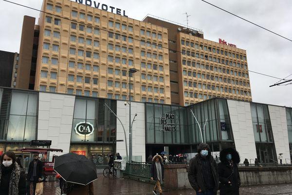 Fermeture ou pas ? Le centre commercial des Halles à Strasbourg n'est pas encore fixé sur son sort